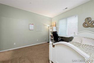 Photo 15: VISTA House for sale : 4 bedrooms : 122 Calle Quinn