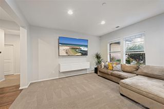 Photo 9: VISTA House for sale : 4 bedrooms : 122 Calle Quinn