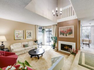 "Photo 3: 4349 ARBUTUS Street in Vancouver: Quilchena Townhouse for sale in ""ARBUTUS WEST"" (Vancouver West)  : MLS®# R2498028"