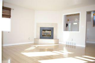 Photo 5: 12 LOUISBOURG Place: St. Albert House Half Duplex for sale : MLS®# E4218138