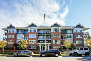 "Photo 4: 203 2268 SHAUGHNESSY Street in Port Coquitlam: Central Pt Coquitlam Condo for sale in ""Uptown Pointe"" : MLS®# R2514157"