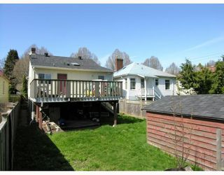 Photo 10: 4916 CHATHAM Street in Vancouver: Collingwood Vancouver East House for sale (Vancouver East)  : MLS®# V639689
