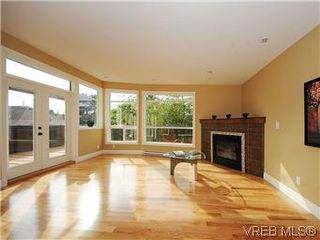 Photo 12: 277B Michigan in VICTORIA: Vi James Bay Townhouse for sale (Victoria)  : MLS®# 296931