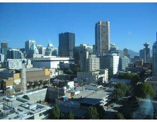"Photo 3: 1602 928 RICHARDS Street in Vancouver: Downtown VW Condo for sale in ""SAVOY"" (Vancouver West)  : MLS®# V670073"