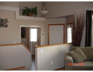 Photo 2: 11 UPPINGHAM Place in WINNIPEG: St Vital Residential for sale (South East Winnipeg)  : MLS®# 2806140