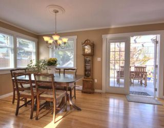 Photo 2: 4535 HARRIET Street in Vancouver: Fraser VE House for sale (Vancouver East)  : MLS®# V709970