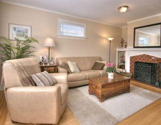 Photo 4: 4535 HARRIET Street in Vancouver: Fraser VE House for sale (Vancouver East)  : MLS®# V709970