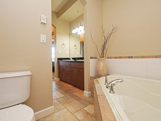 "Photo 12: 308 976 ADAIR Avenue in Coquitlam: Maillardville Condo for sale in ""ORLEANS RIDGE"" : MLS®# R2389879"