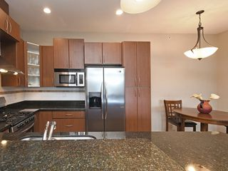 "Photo 8: 308 976 ADAIR Avenue in Coquitlam: Maillardville Condo for sale in ""ORLEANS RIDGE"" : MLS®# R2389879"