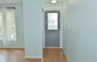 Photo 3: 12837 87 Street in Edmonton: Zone 02 House Duplex for sale : MLS®# E4168601
