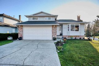 Main Photo: 14712 87A Avenue in Surrey: Bear Creek Green Timbers House for sale : MLS®# R2420744