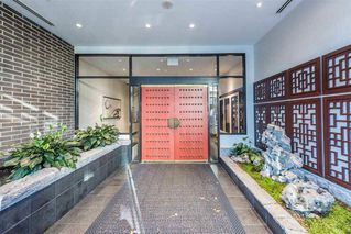 """Photo 2: 1103 188 KEEFER Street in Vancouver: Downtown VE Condo for sale in """"188 KEEFER BY WESTBANK"""" (Vancouver East)  : MLS®# R2422671"""