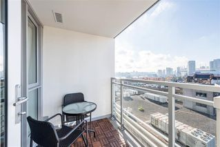 """Photo 11: 1103 188 KEEFER Street in Vancouver: Downtown VE Condo for sale in """"188 KEEFER BY WESTBANK"""" (Vancouver East)  : MLS®# R2422671"""