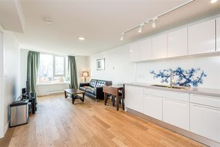 """Photo 4: 1103 188 KEEFER Street in Vancouver: Downtown VE Condo for sale in """"188 KEEFER BY WESTBANK"""" (Vancouver East)  : MLS®# R2422671"""