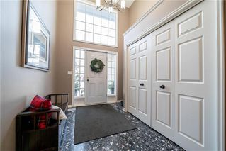 Photo 2: 62 Ravine Drive in Winnipeg: River Pointe Residential for sale (2C)  : MLS®# 1932047