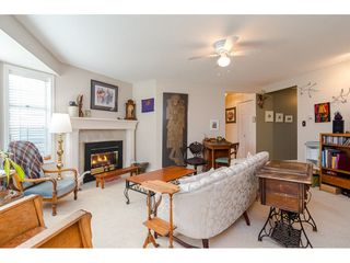 "Photo 5: 805 9139 154 Street in Surrey: Fleetwood Tynehead Townhouse for sale in ""Lexington Square"" : MLS®# R2431673"