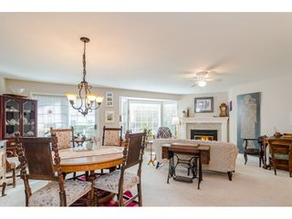 "Photo 3: 805 9139 154 Street in Surrey: Fleetwood Tynehead Townhouse for sale in ""Lexington Square"" : MLS®# R2431673"