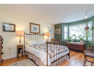 "Photo 12: 805 9139 154 Street in Surrey: Fleetwood Tynehead Townhouse for sale in ""Lexington Square"" : MLS®# R2431673"