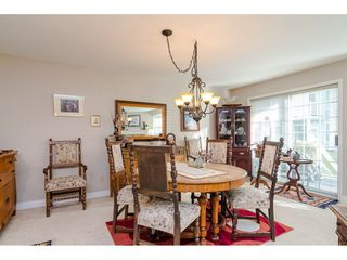 "Photo 6: 805 9139 154 Street in Surrey: Fleetwood Tynehead Townhouse for sale in ""Lexington Square"" : MLS®# R2431673"