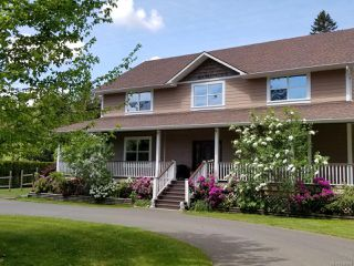 Photo 2: 3120 Dove Creek Rd in COURTENAY: CV Courtenay West Single Family Detached for sale (Comox Valley)  : MLS®# 840664