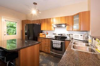 "Photo 10: 131 2000 PANORAMA Drive in Port Moody: Heritage Woods PM Townhouse for sale in ""MOUNTAINS EDGE"" : MLS®# R2460773"