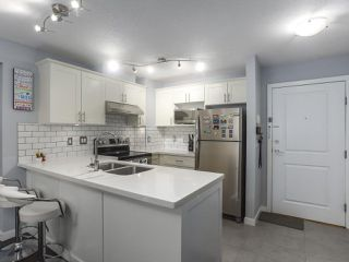 """Photo 8: 118 14885 105 Avenue in Surrey: Guildford Condo for sale in """"REVIVA"""" (North Surrey)  : MLS®# R2462189"""