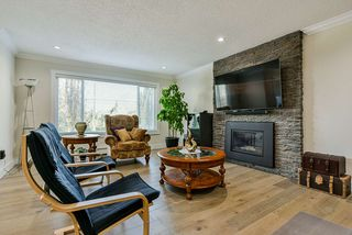 Photo 3: 319 DECAIRE Street in Coquitlam: Central Coquitlam House for sale : MLS®# R2470854