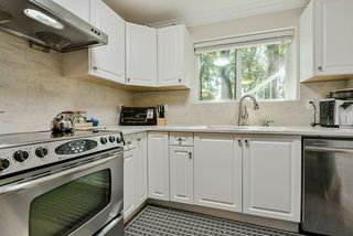 Photo 17: 319 DECAIRE Street in Coquitlam: Central Coquitlam House for sale : MLS®# R2470854
