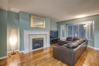 """Photo 3: 55 8863 216 Street in Langley: Walnut Grove Townhouse for sale in """"EMERALD ESTATES"""" : MLS®# R2480614"""