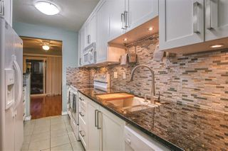 """Photo 11: 55 8863 216 Street in Langley: Walnut Grove Townhouse for sale in """"EMERALD ESTATES"""" : MLS®# R2480614"""