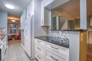 """Photo 9: 55 8863 216 Street in Langley: Walnut Grove Townhouse for sale in """"EMERALD ESTATES"""" : MLS®# R2480614"""