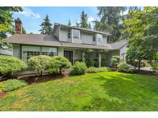 Photo 1: 9116 CRICKMER Court in Langley: Fort Langley House for sale : MLS®# R2483314