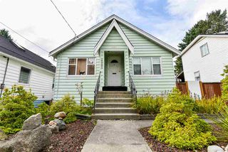 Photo 1: 425 FADER Street in New Westminster: Sapperton House for sale : MLS®# R2508564
