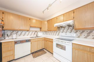 """Photo 11: 1608 615 BELMONT Street in New Westminster: Uptown NW Condo for sale in """"BELMONT TOWER"""" : MLS®# R2510917"""