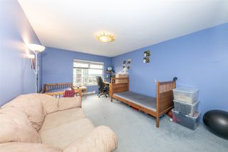 """Photo 16: 1608 615 BELMONT Street in New Westminster: Uptown NW Condo for sale in """"BELMONT TOWER"""" : MLS®# R2510917"""