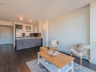 """Photo 5: 2101 3007 GLEN Drive in Coquitlam: North Coquitlam Condo for sale in """"THE EVERGREEN BY BOSA"""" : MLS®# R2517537"""