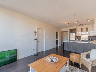 """Photo 7: 2101 3007 GLEN Drive in Coquitlam: North Coquitlam Condo for sale in """"THE EVERGREEN BY BOSA"""" : MLS®# R2517537"""