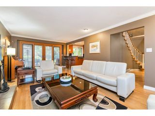 Photo 8: 13719 56A Avenue in Surrey: Panorama Ridge House for sale : MLS®# R2522442