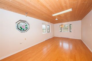 Photo 9: 25323 20 Avenue in Langley: Otter District House for sale : MLS®# R2527525