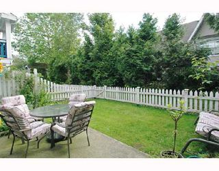 """Photo 10: 57 12099 237TH Street in Maple_Ridge: East Central Townhouse for sale in """"GABRIOLA"""" (Maple Ridge)  : MLS®# V656546"""