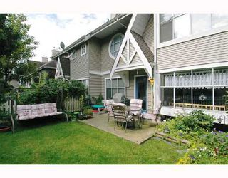 """Photo 9: 57 12099 237TH Street in Maple_Ridge: East Central Townhouse for sale in """"GABRIOLA"""" (Maple Ridge)  : MLS®# V656546"""
