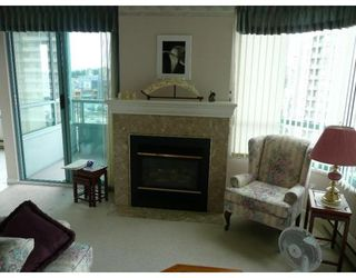 Photo 2: # 1450 4825 HAZEL ST: Condo for sale : MLS®# V657603