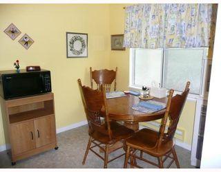 "Photo 7: 208 4988 47A Avenue in Ladner: Ladner Elementary Condo for sale in ""FENTON'S COURT"" : MLS®# V706038"