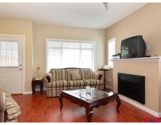 "Photo 3: 15 6852 193RD Street in Surrey: Clayton Townhouse for sale in ""Indigo"" (Cloverdale)  : MLS®# F2817479"