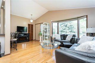 Photo 3: 948 Summerside Avenue in Winnipeg: Fort Richmond Residential for sale (1K)  : MLS®# 1924897