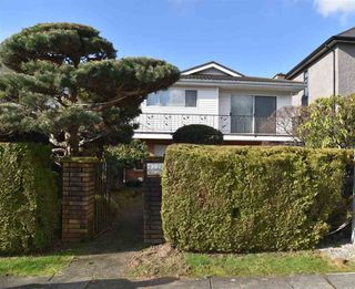 Photo 1: 6779 LANCASTER Street in Vancouver: Killarney VE House for sale (Vancouver East)  : MLS®# R2437427