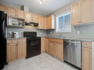 Photo 8: 16 ROYAL BIRCH Villa NW in Calgary: Royal Oak Row/Townhouse for sale : MLS®# C4302365