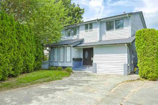 Photo 1: 3366 271B Street in Langley: Aldergrove Langley House for sale : MLS®# R2469587