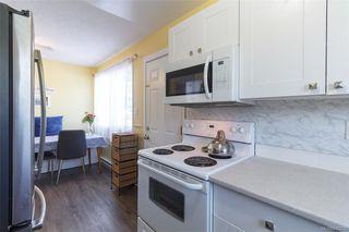 Photo 11: 697 Strandlund Ave in : La Mill Hill Half Duplex for sale (Langford)  : MLS®# 845632