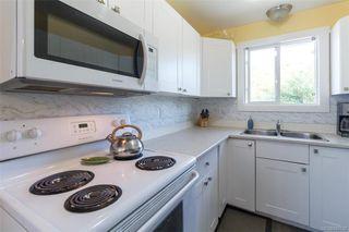 Photo 9: 697 Strandlund Ave in : La Mill Hill Half Duplex for sale (Langford)  : MLS®# 845632